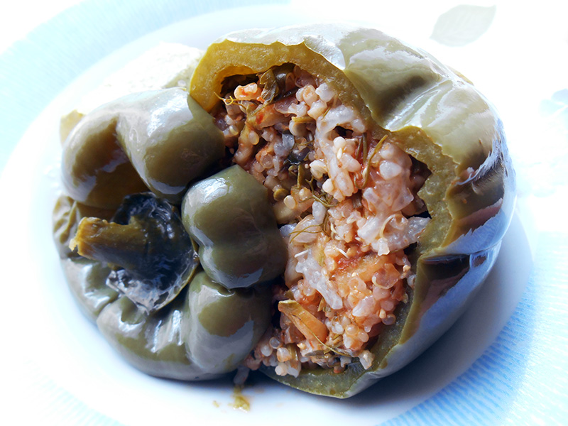 Queen_Lila_Recipe_Stuffed_Bell_Peppers_Quinoa (1)