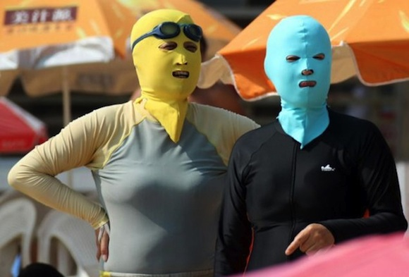 Facekini: Moda en las playas de China