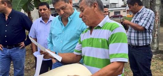 Alcalde continua diariamente dialogando con la comunidad en su visita diaria a los sectores de Quevedo