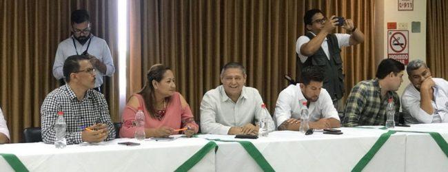 Autoridades del Municipio de Quevedo mantienen una reunión con Ministro de Vivienda en Babahoyo