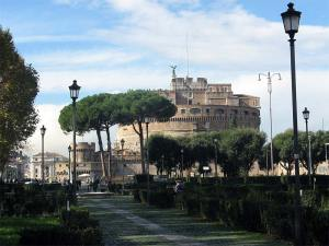 Le Castel Sant'Angelo près du Pont Saint-Ange