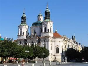 L'église Saint-Nicolas de Staré Mesto, un des édifices les plus  majestueux de la Vieille Place