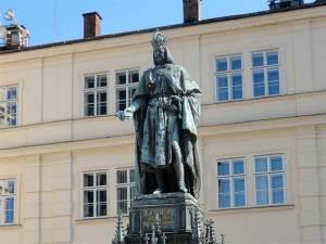 La statue de Charles IV, roi de Bohême et empereur du Saint Empire Romain Germanique