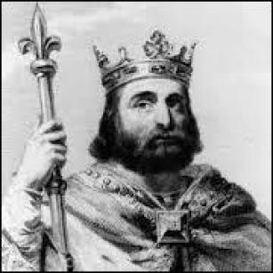 Pépin le Bref appartenait à la dynastie des Mérovingiens.
