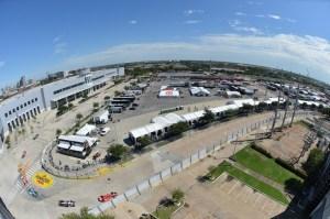 Kurve 4 und Anfahrt Kurve 5 (C) John Cote/IndyCar Media