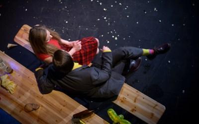 Příběh prohrané lásky a zmatené mladé generace