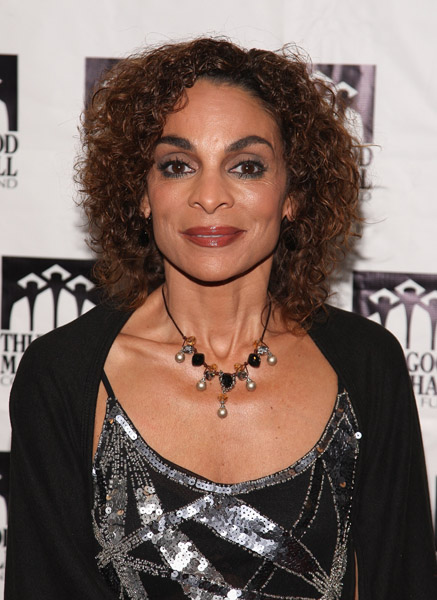 17012168keverix1027200914147AM YIKES: Jasmine Guy