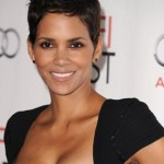 62394602keverix1110201043534AM WOW/LOOK: Its Halle Berry