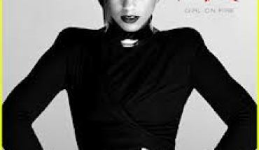 Girl on Fire Alicia Keys is a Girl on Fire as She Rises Up the Urban AC Charts