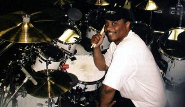 RickyLawson Drummer Ricky Lawson Dies, Family Removes Life Support