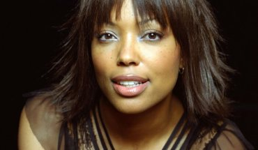 Aisha Tyler 16 e1399420142187 CBS CARES AND NATIONAL STROKE ASSOCIATION CREATE PSA CAMPAIGN