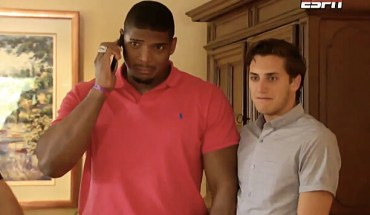 MICHAEL SAM Michael Sam Becomes the First Openly Gay Player Drafted to the NFL