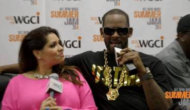kelly R Kelly Fails to Address his Daughter is Transgender during WGCIs Summer Jam