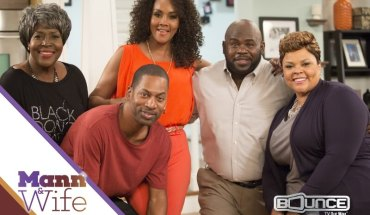 Bounce TV has renewed the new hit comedy series Mann & Wife, starring David & Tamela Mann (Right) for season two. Bounce TV has also renewed Family Time and Off The Chain and will produce its first-ever drama series in addition to airing PBC Boxing.  Bounce TV is the nation's first-ever and fastest-growing broadcast television network designed for African-American audiences. Bounce TV is seen on the digital signals of local broadcast TV stations, with corresponding cable carriage. www.BounceTV.com (PRNewsFoto/Bounce TV)
