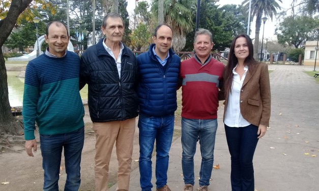 Recorrió la ciudad José Corral, candidato a Gobernador por Cambiemos