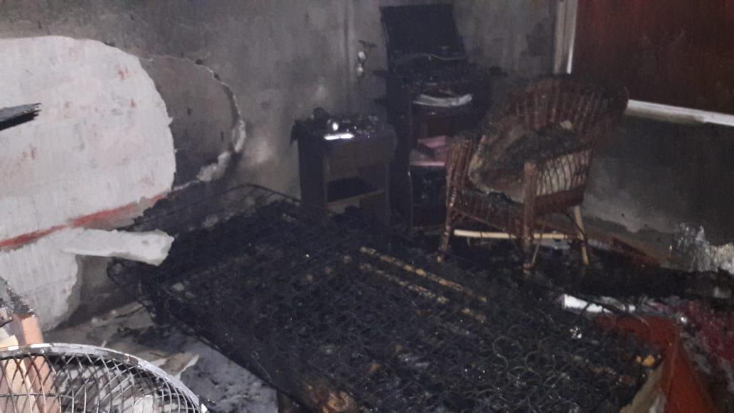 Importante incendio en una vivienda del Loteo 240