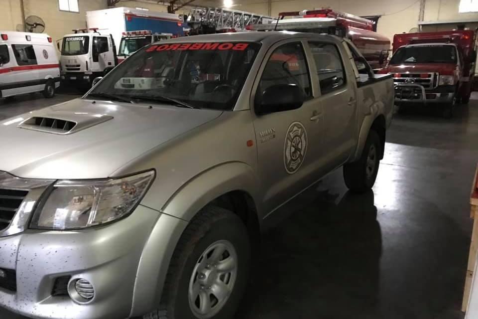 Bomberos presentan una nueva unidad y exhibirán sus vehículos