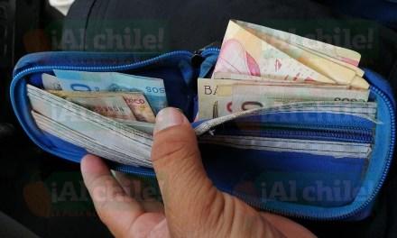 Personal policial devolvió billetera de un joven que hacía delivery
