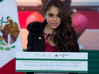 Paola Longoria comentó que estos reconocimientos la motivan para continuar con el mismo esfuerzo que hasta hoy ha puesto en su disciplina y a perseguir sus objetivos para el 2015.