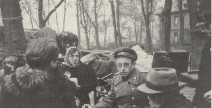 grossman-interviewing-german-civilians-april-1945-672x496