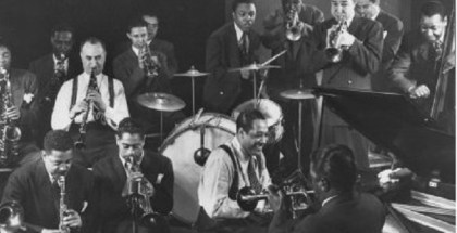 gjon-mili-duke-ellington-dizzy-gillespie-mezz-mezzrow-and-others-at-jam-session-n-3836686-0