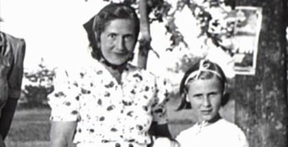 ICULT  Angelika Schrobsdorff  autora de Tu no eres como otras madres  con su madre