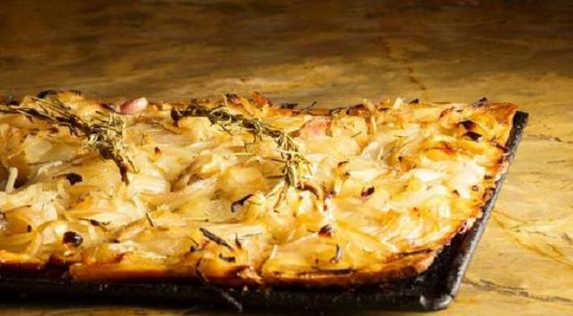 Vegetariano y judío: coca de cebolla y panaché de verduras
