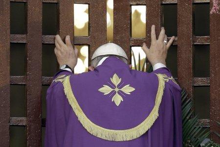 Bergoglio. C'è un solo modo per vincere una guerra: non farla. Cosa ci dice la Chiesa?
