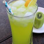 Copycat Applebee's Kiwi Lemonade