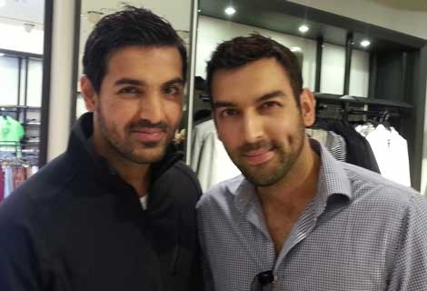 John Abraham & One Of His Fan