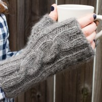 Gray Cabled Mitts