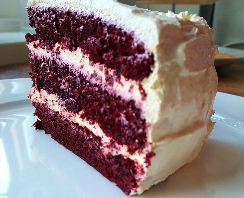 American Red Velvet cake