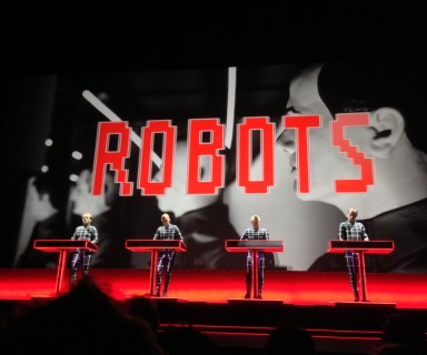 "Kraftwerk performing ""The Robots"" in 3D"