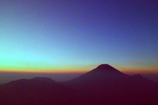 gunung1