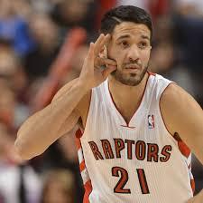 Report: Vasquez Re-signs with Raptors