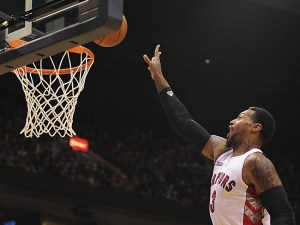 James Johnson posterizes Brandon Davies