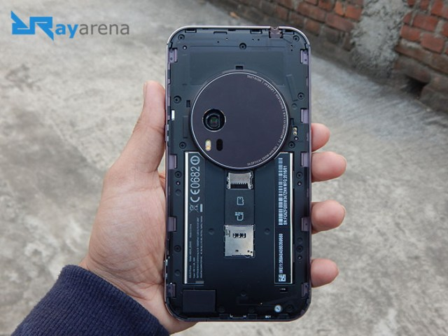 Asus Zenfone Zoom Review battery