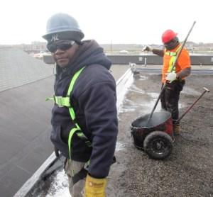 flat roofers fix the leak
