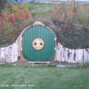 Hobbit Hole - R Estelle