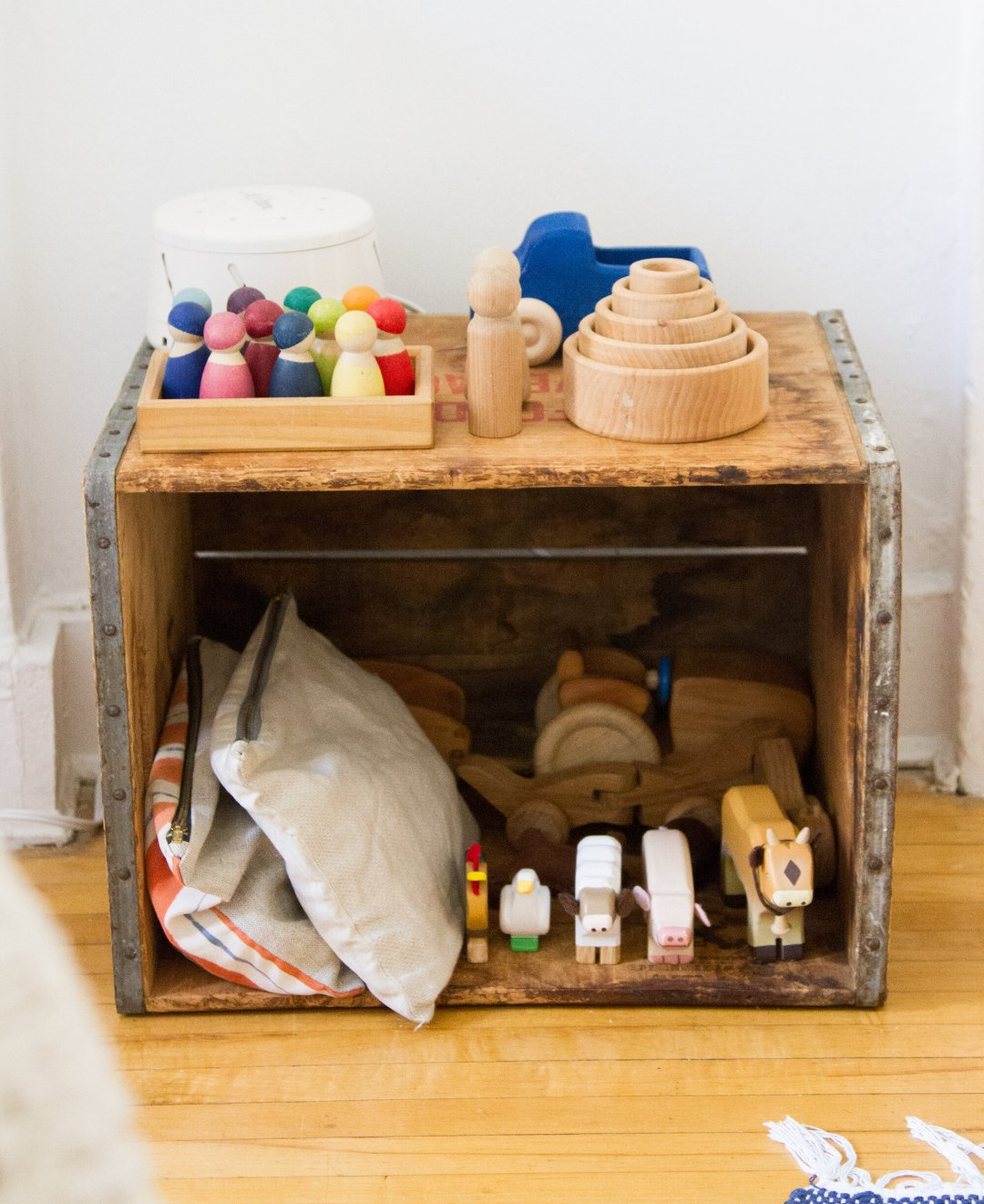 baby proof: toy storage | reading my tea leaves