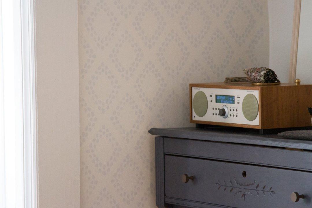 radio | reading my tea leaves
