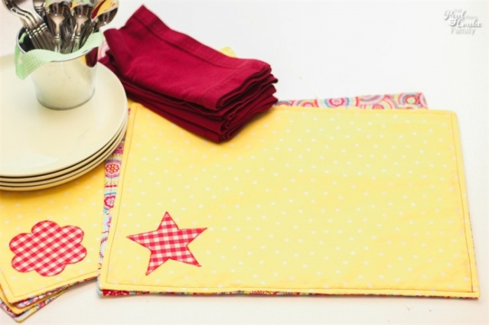 Reversible Place Mats Free Sewing Pattern