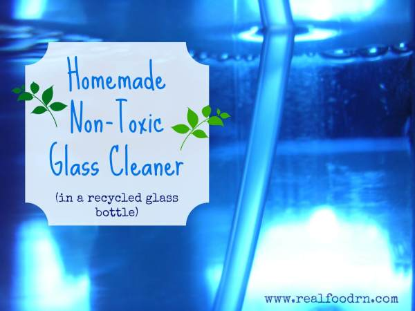 homemade nontoxic glass cleaner 1024x768 Homemade Non toxic Glass Cleaner