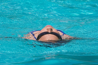 flotation therapy reduces pain improves sleep