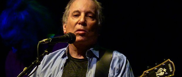 769px-Paul_Simon_at_the_9-30_Club_(b)