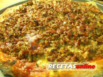 Pizza barbacoa - Recetas de cocina RECETASonline