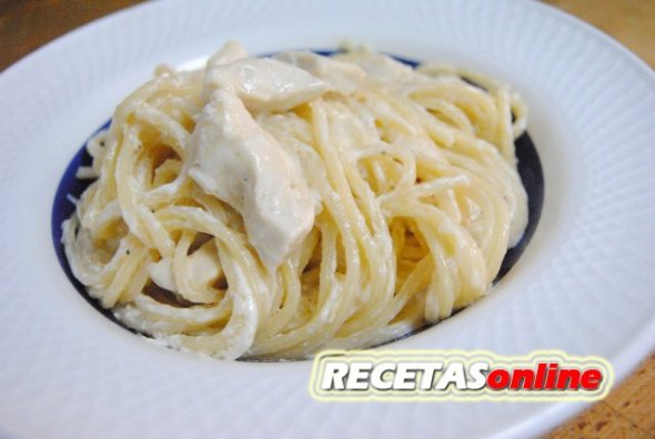 Pasta Alfredo con pollo - Recetas de cocina RECETASonline