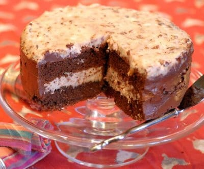 Gourmet-Apple-German-Chocolate-Cake-Recipe1