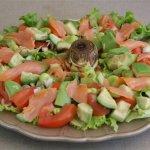 Salade printanière avocat saumon et artichauts © par Fanny GRW - Recettes d'ici et d'ailleurs