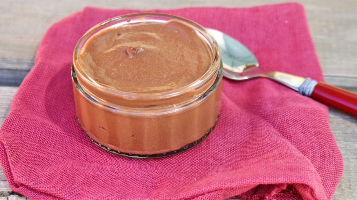 Mousse au chocolat au tofu soyeux (sans œufs)